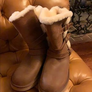 Uggs NWT Size 8